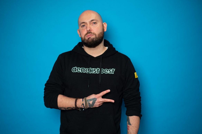 Czy MC wychowany tylko na polskim rapie może być naprawdę zajebisty? VNM odpowiedział na Najgorsze Pytania Marcina Flinta