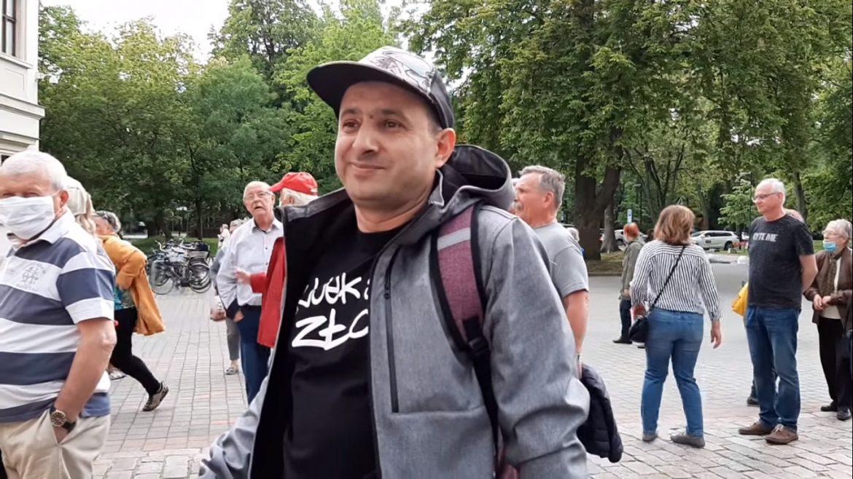 Dziennikarka zaatakowana przed koncertem Jana Pietrzaka. Gośćmi imprezy byli m.in. Kodym i Wujek Samo Zło