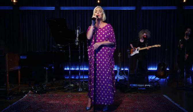 Ciężarna Katy Perry w utworze dedykowany córce