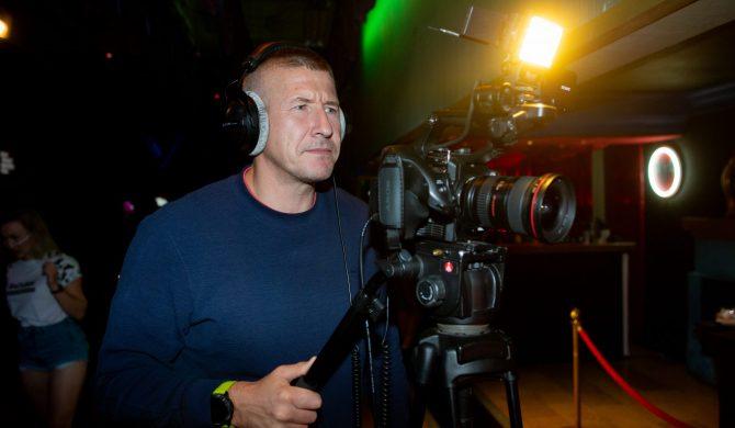 DJ Decks przedstawił kolejnego gościa nadchodzącego wydawnictwa