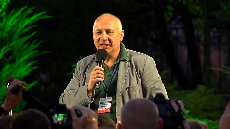 """Joachim Brudziński z PiS o artystach: """"Kiedyś kpili, dziś ci szydercy proszą o pomoc"""""""