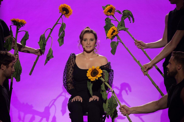 Marta Gałuszewska śpiewa największy hit tego roku