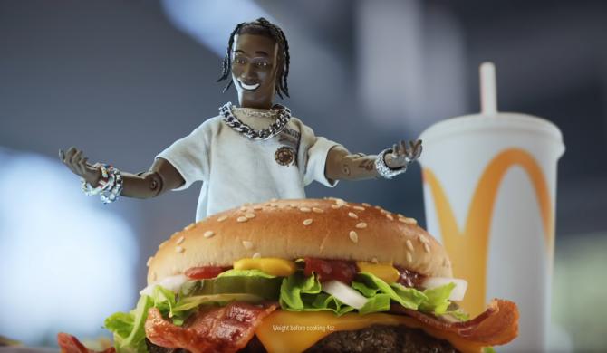 McDonald's nawiązał współpracę z Travisem Scottem, żeby odwrócić uwagę od pozwów o dyskryminację rasową?