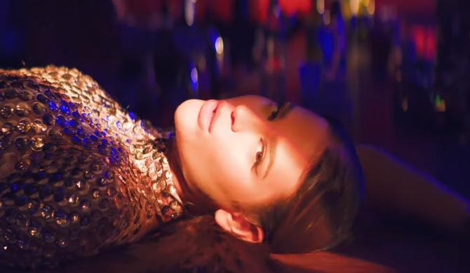 Honorata Skarbek o przekraczaniu granic w najnowszym singlu