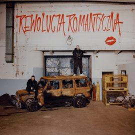 """Zamiast rewolucji megalomania, rozczulanie się nad sobą i słaby humor – Marcin Flint recenzuje """"Romantyczną rewolucję"""""""
