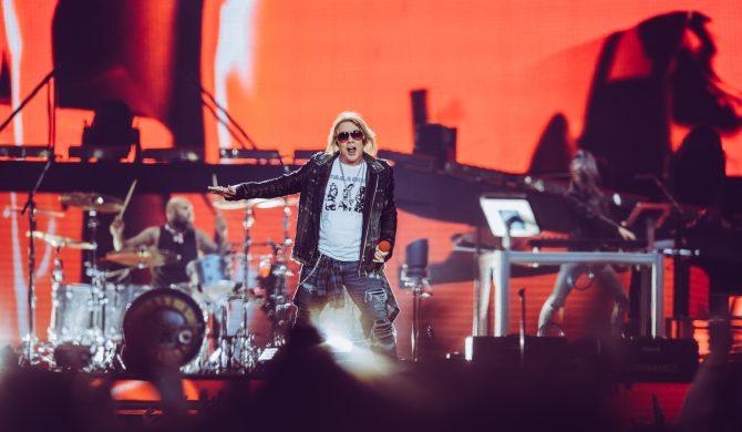 Organizatorzy wyłączyli Guns N'Roses prąd w trakcie koncertu z powodu ciszy nocnej