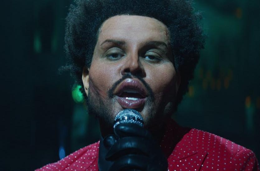 The Weeknd po rekonstrukcji twarzy. Zobaczcie nowy klip