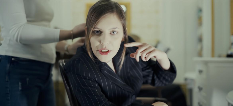 Kara odpowiada na hejt po ogłoszeniu jej udziału w Młodych Wilkach