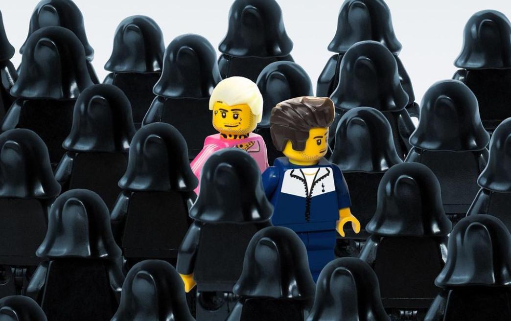 Okładki polskich płyt w wersjach Lego