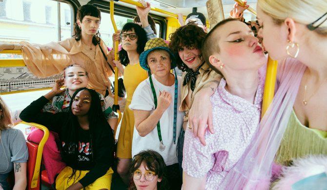 """""""Drodzy przyjaciele LGBT, zawsze byliście blisko"""" – Maria Peszek prezentuje nowy singiel"""