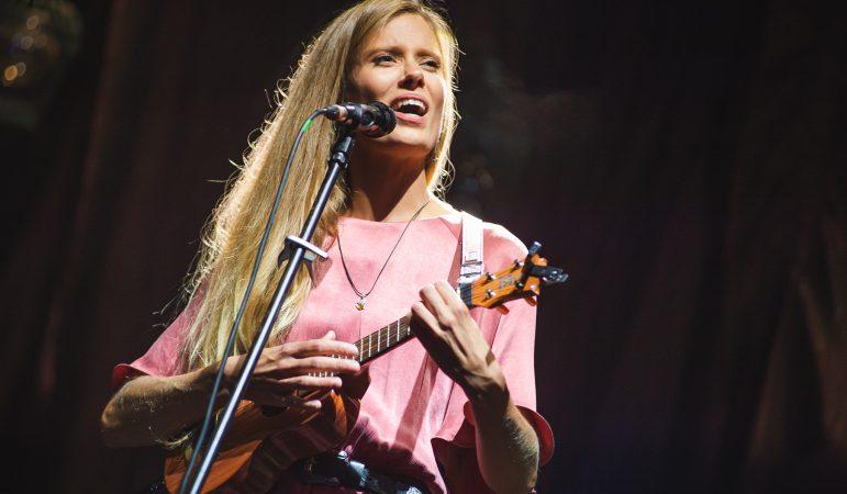 Julia Pietrucha na scenie Opery Leśnej – zobaczcie zdjęcia z koncertu w Sopocie