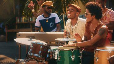 Bruno Mars i Anderson .Paak z kolejnym znakomitym numerem jako Silk Sonic