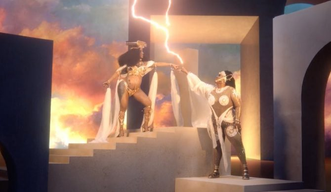 Dwie królowe na wspólnym tronie – Lizzo i Cardi B łączą siły
