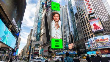 Natalia Szroeder na Times Square w Nowym Jorku