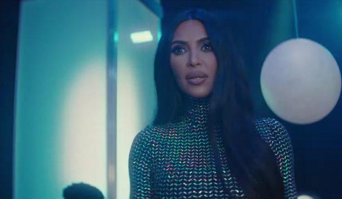 Kim Kardashian-West rapuje w SNL
