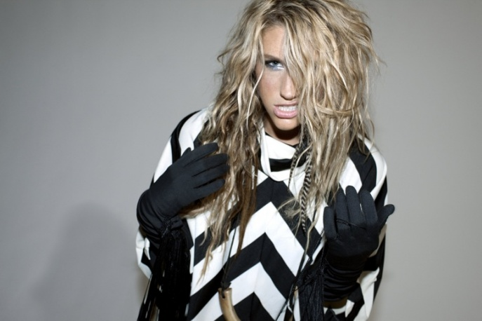 "Teledysk: Ke$ha – ""Your Love Is My Drug"""