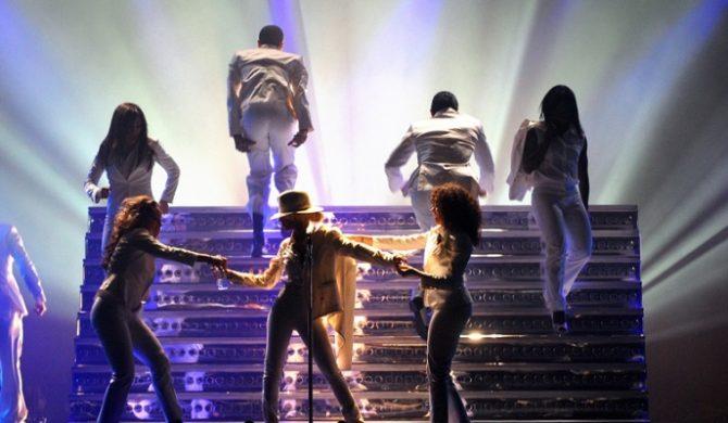 Aguilera dla Madonny