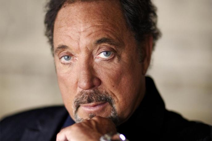 Tom Jones: na 70. urodziny cover Dylana
