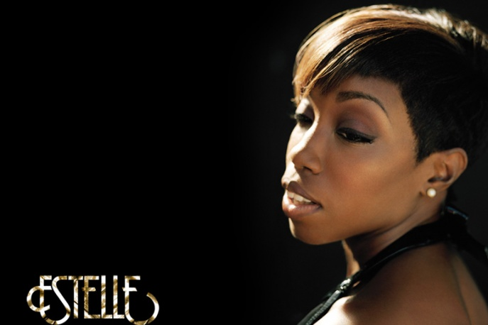 Estelle – raz z Legendem, raz z Nasem (VIDEO)