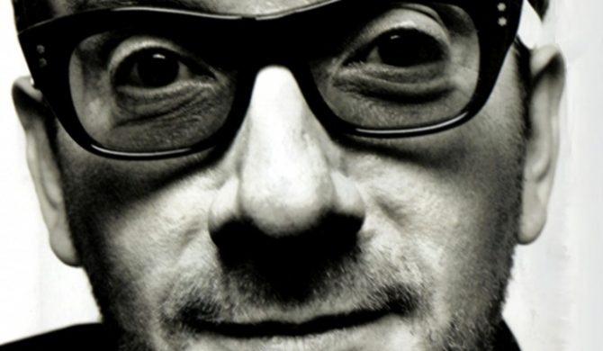 Elvis Costello w październiku