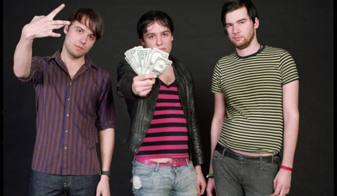 The Cribs z producentem Queen i Bowiego