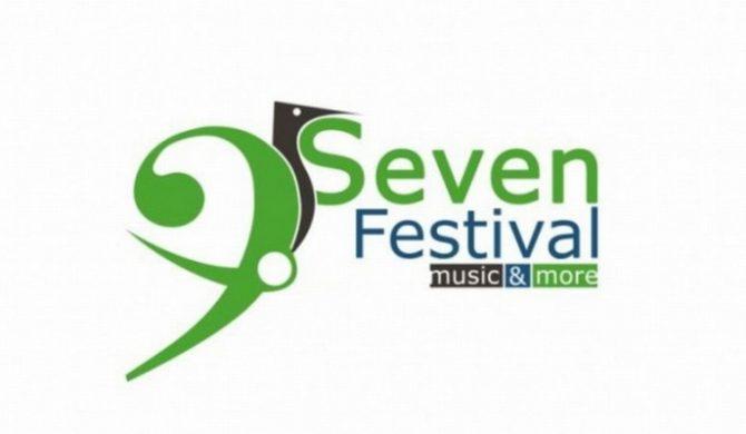 Zobacz godzinowy rozkład Seven Festival