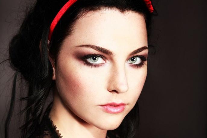 Evanescence: Trochę eksperymentów, trochę starego grania