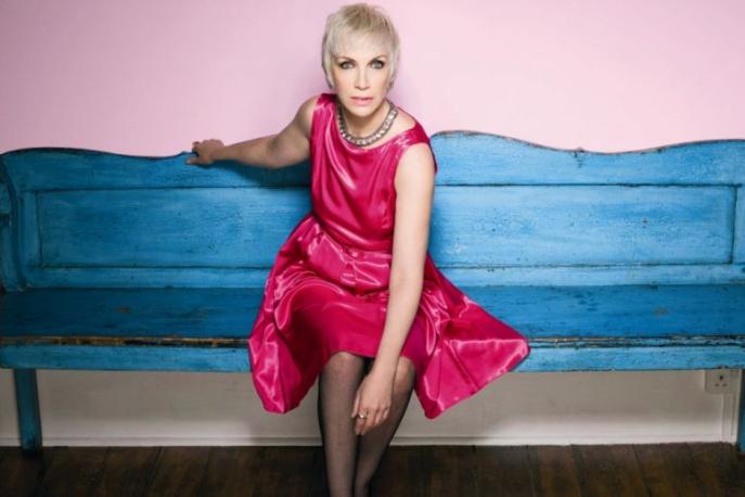 Annie Lennox inspiruje kobiety