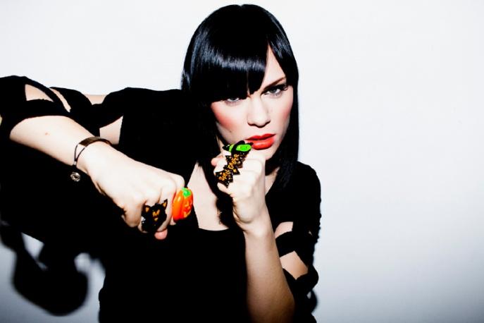 Ból na płycie Jessie J