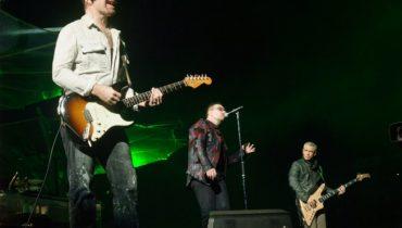 U2 chce zarejestrować flagę!