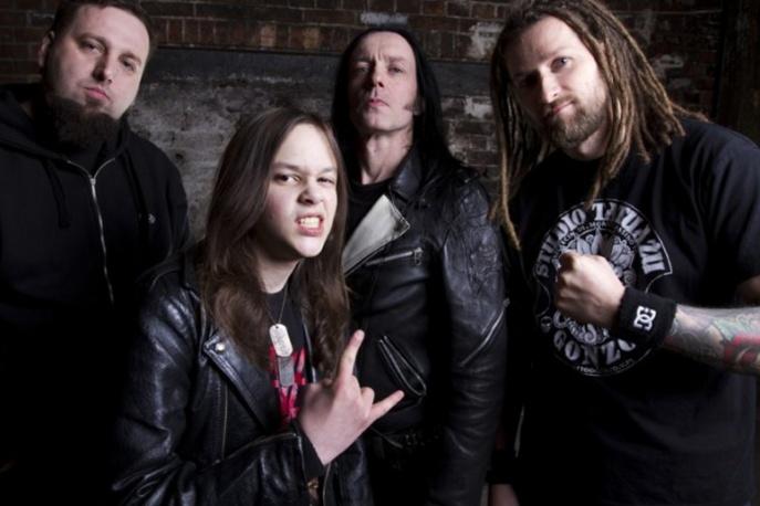 Anti Tank Nun supportem Thin Lizzy