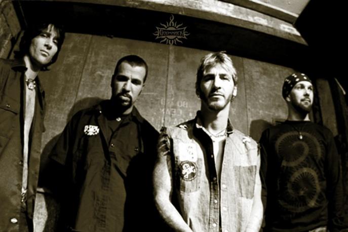 Godsmack live i z kowerami