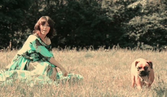 """Hania Stach – """"I Want To Love You"""" (video)"""
