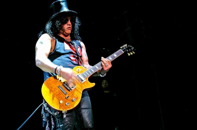 Mötley Crüe, Slash i Black Veil Brides na żywo