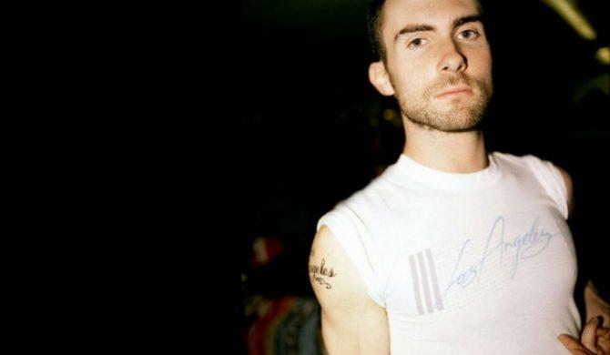 Wokalista Maroon 5 nie chce być fajny