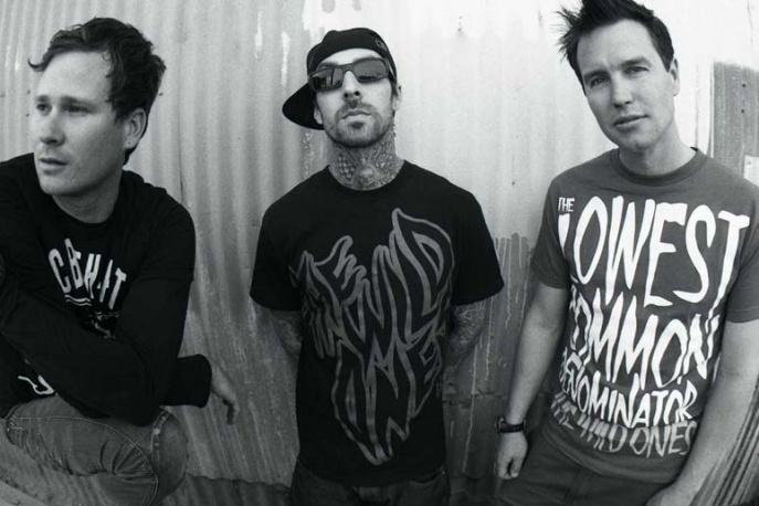 Blink-182 będą grali bez Travisa Barkera