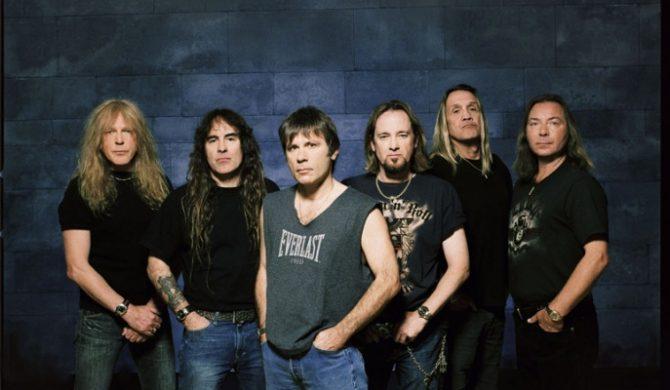 Basista Iron Maiden solo