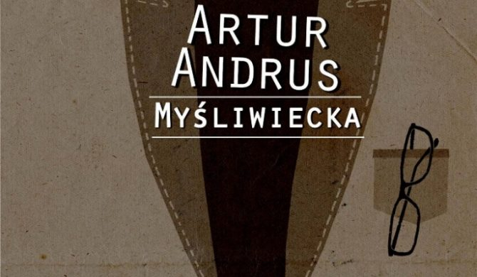 Artur Andrus prezentuje teledysk
