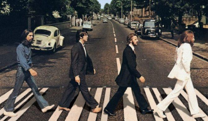 Fani The Beatles na Abbey Road