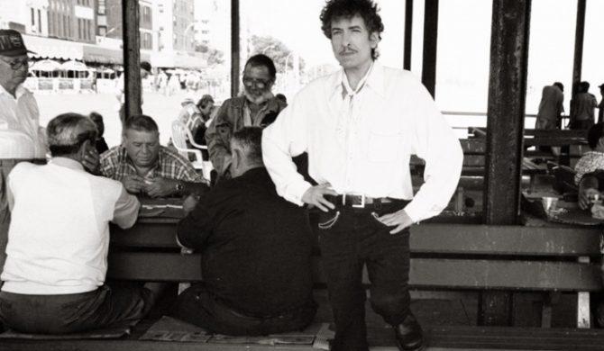 Posłuchaj albumu Boba Dylana