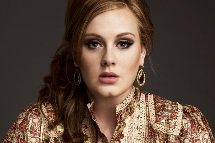 Producent chwali utwór Adele do Bonda