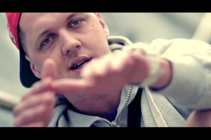 """Kubiszew + Zbylu – """"Piszę te sześć liter"""" – video"""