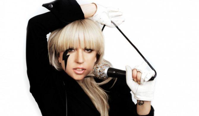 Lady GaGa oddaje hołd gejom