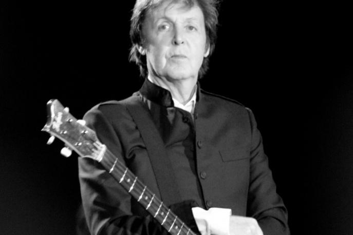 Paul McCartney w świątecznym kowerze – audio