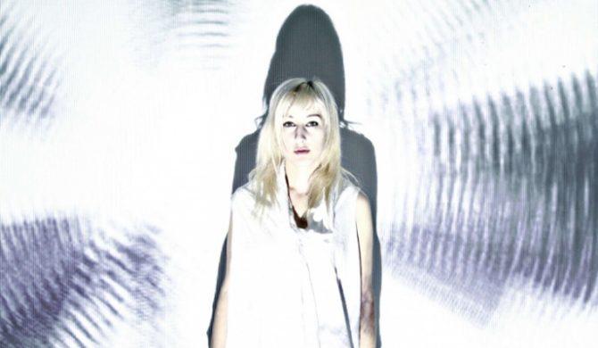 Zola Jesus koweruje Rihannę – audio