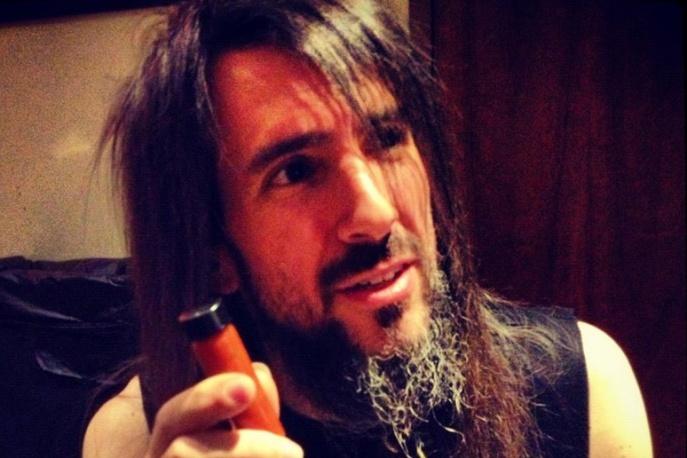 Gitarzysta Guns N` Roses poucza: nie spóźniajcie się