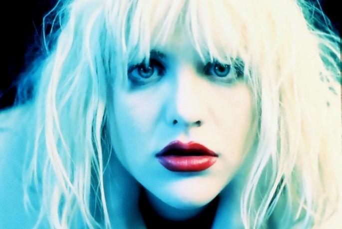 Courtney Love skowerowała Jaya-Z – video