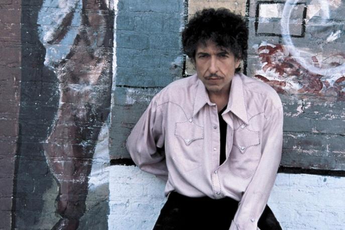 Bob Dylan I Tinchy Styder Prowadzą Na Wyspach