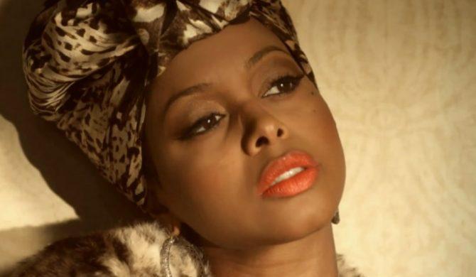 Chrisette Michele koweruje Whitney Houston – video