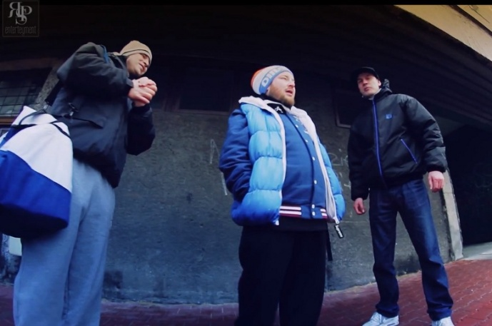"SB feat. Bas Tajpan & Monilove ""Mój dom/Kocham"" (video)"